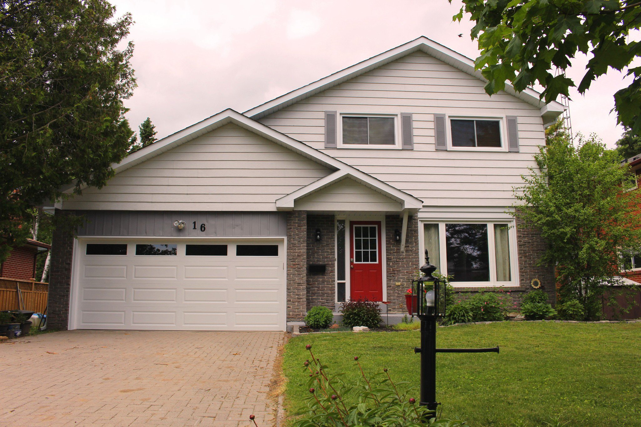 Main Photo: 16 Ravensdale Road in Cobourg: Residential Detached for sale : MLS®# 132729