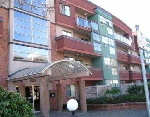 """Main Photo: 301 12025 207A ST in Maple Ridge: Northwest Maple Ridge Condo for sale in """"THE ATRIUM"""" : MLS®# V552715"""