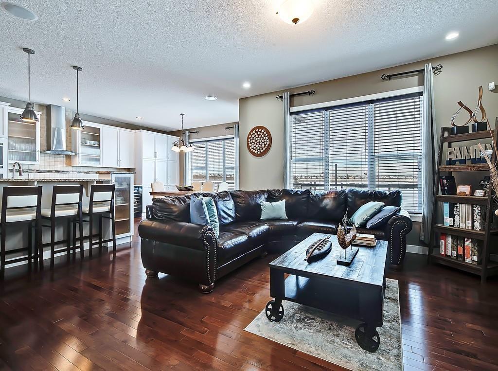 Photo 11: Photos: 88 SILVERADO SKIES Manor SW in Calgary: Silverado Detached for sale : MLS®# C4284584