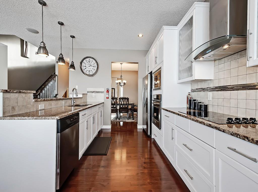 Photo 7: Photos: 88 SILVERADO SKIES Manor SW in Calgary: Silverado Detached for sale : MLS®# C4284584