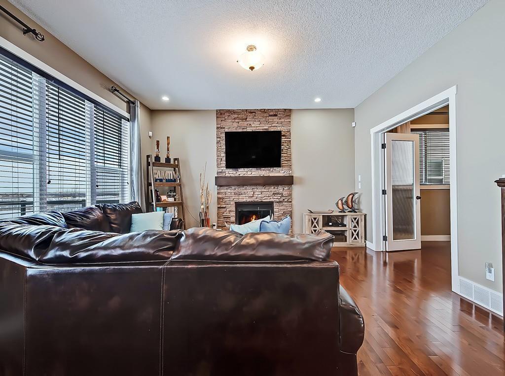Photo 13: Photos: 88 SILVERADO SKIES Manor SW in Calgary: Silverado Detached for sale : MLS®# C4284584