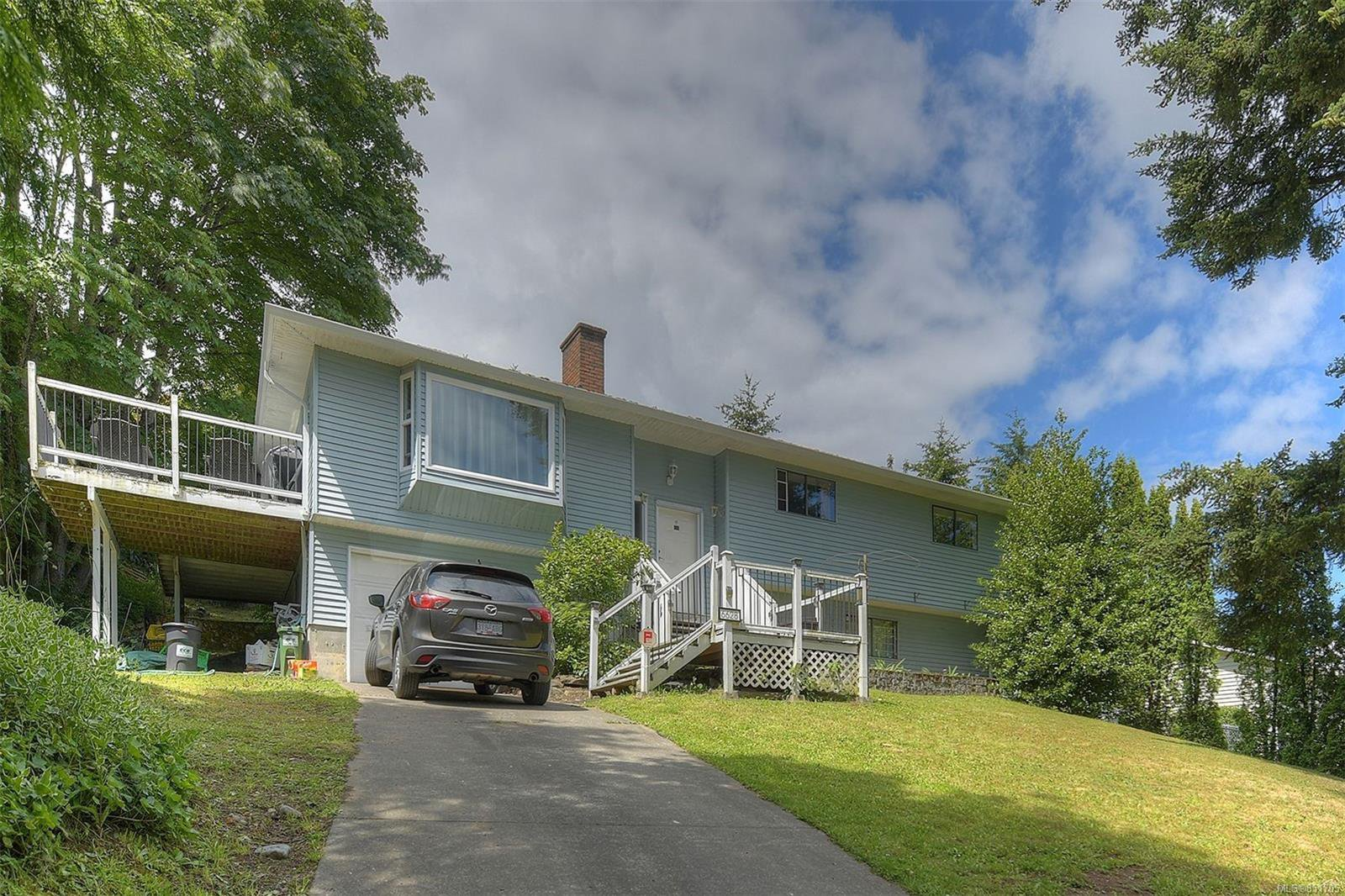 Main Photo: 6628 Rey Rd in : CS Tanner House for sale (Central Saanich)  : MLS®# 851705