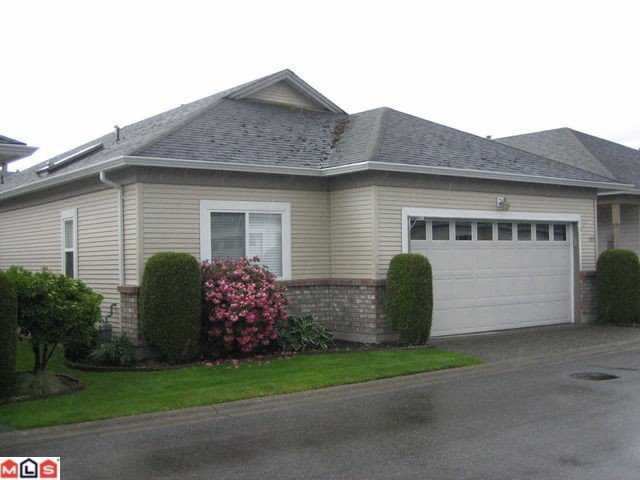 """Main Photo: 132 8485 YOUNG Road in Chilliwack: Chilliwack W Young-Well Townhouse for sale in """"HAZELWOOD GROVE"""" : MLS®# H1202220"""