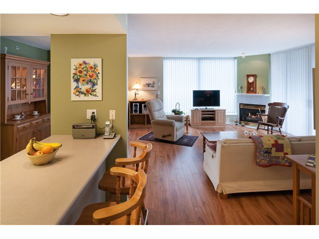 """Photo 6: Photos: # 603 739 PRINCESS ST in New Westminster: Uptown NW Condo for sale in """"BERKLEY PLACE"""" : MLS®# V993107"""