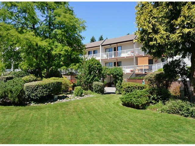 "Photo 18: Photos: 305 12890 17TH Avenue in Surrey: Crescent Bch Ocean Pk. Condo for sale in ""Ocean Park Place"" (South Surrey White Rock)  : MLS®# F1316896"