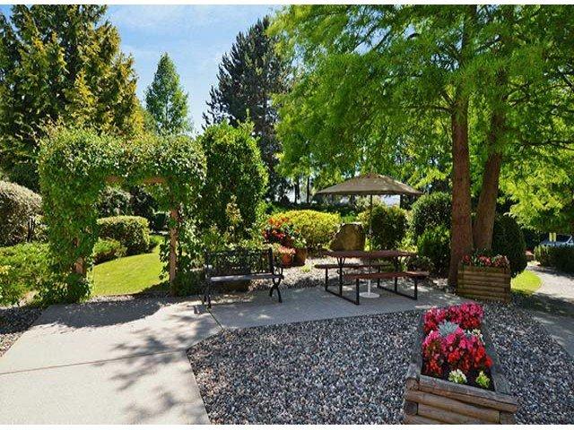 "Photo 15: Photos: 305 12890 17TH Avenue in Surrey: Crescent Bch Ocean Pk. Condo for sale in ""Ocean Park Place"" (South Surrey White Rock)  : MLS®# F1316896"