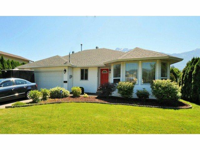 Main Photo: 1636 AGASSIZ-ROSEDALE Highway: Agassiz House for sale : MLS®# H1402985