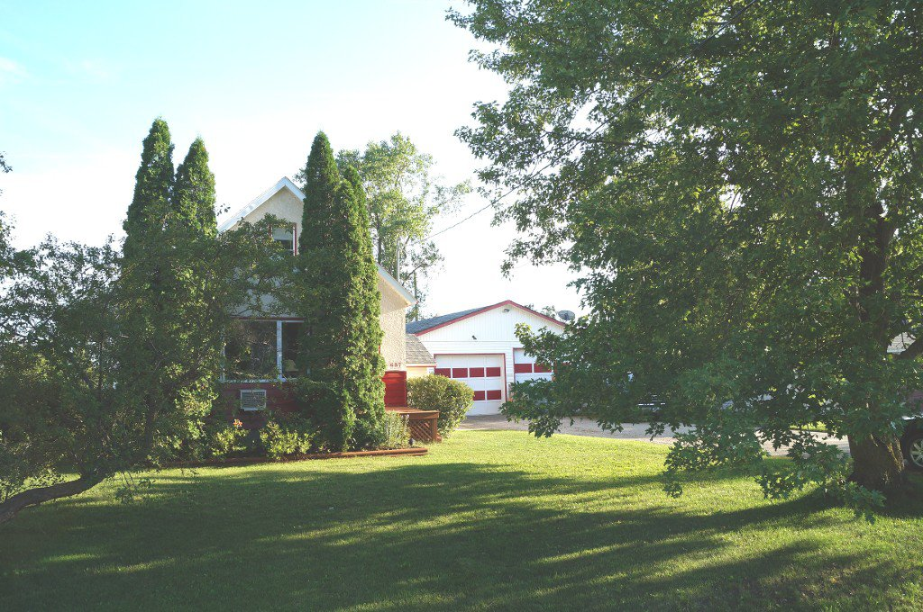 Main Photo: 637 Jaffray Street in Dugald: Single Family Detached for sale : MLS®# 1522228