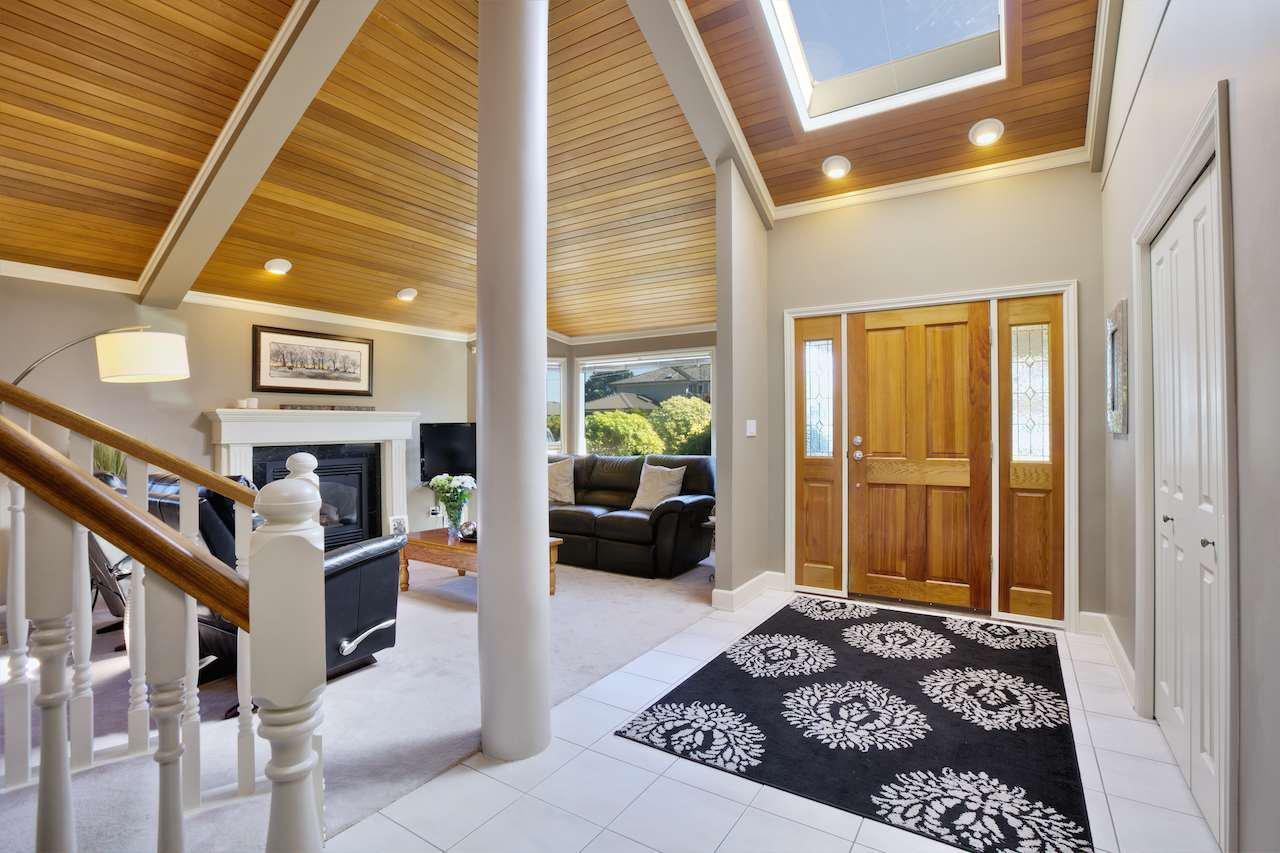 Main Photo: 255 67A STREET in Delta: Boundary Beach House for sale (Tsawwassen)  : MLS®# R2001653