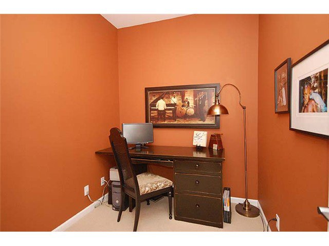 """Photo 6: Photos: 308 285 ROSS Drive in New Westminster: Fraserview NW Condo for sale in """"THE GROVE"""" : MLS®# V971218"""