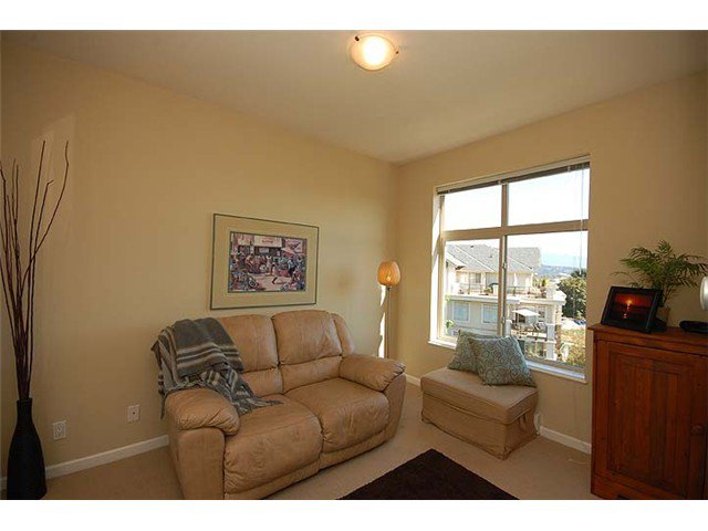 """Photo 9: Photos: 308 285 ROSS Drive in New Westminster: Fraserview NW Condo for sale in """"THE GROVE"""" : MLS®# V971218"""