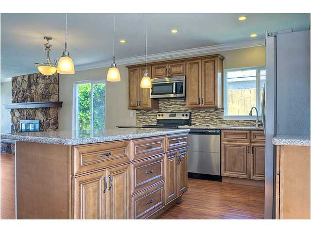 Photo 7: Photos: POWAY House for sale : 4 bedrooms : 13355 Montego Drive