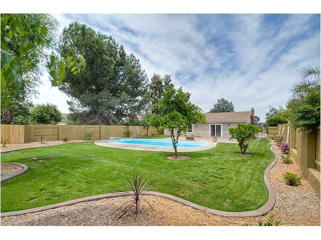 Photo 17: Photos: POWAY House for sale : 4 bedrooms : 13355 Montego Drive