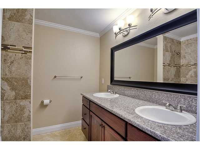 Photo 11: Photos: POWAY House for sale : 4 bedrooms : 13355 Montego Drive