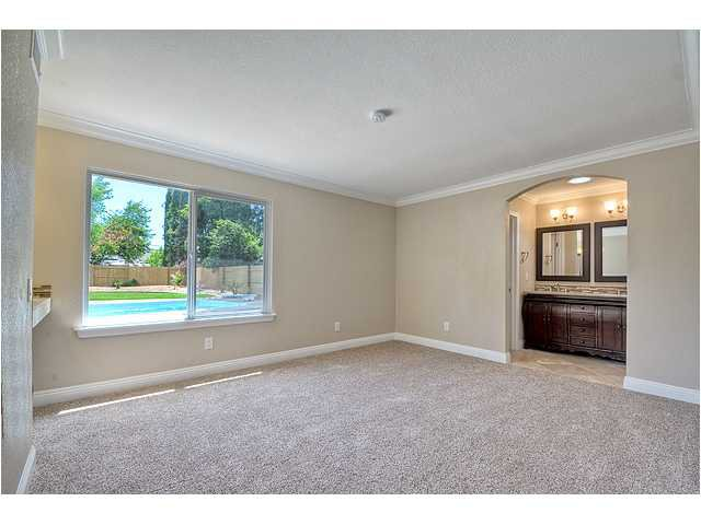 Photo 13: Photos: POWAY House for sale : 4 bedrooms : 13355 Montego Drive