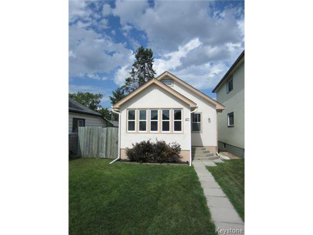 Main Photo: 577 Windsor Avenue in WINNIPEG: East Kildonan Residential for sale (North East Winnipeg)  : MLS®# 1318308