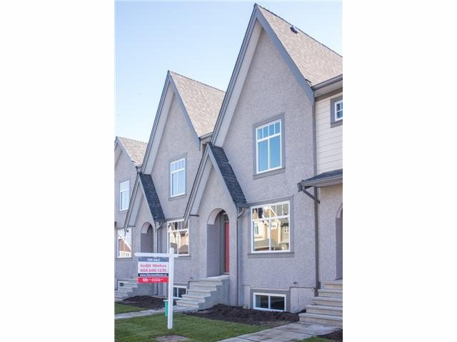 Main Photo: 21062 80A AV in Langley: Willoughby Heights Condo for sale : MLS®# F1410974