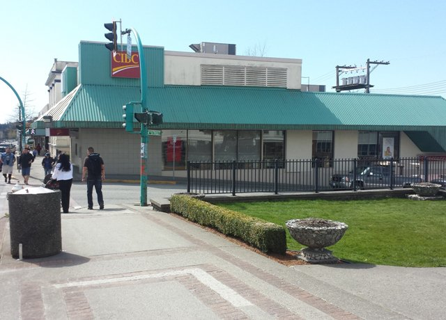 Photo 9: Photos: COMMERCIAL PROPERTY SOLD! in MIXED RETAIL-OFFICE BUILDING: Home for sale (RETAIL-OFFICE BUILDING)
