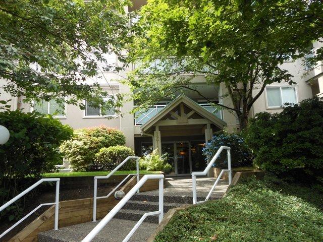 Photo 18: Photos: 206 15140 29A AVENUE in Surrey: King George Corridor Condo for sale (South Surrey White Rock)  : MLS®# R2089187