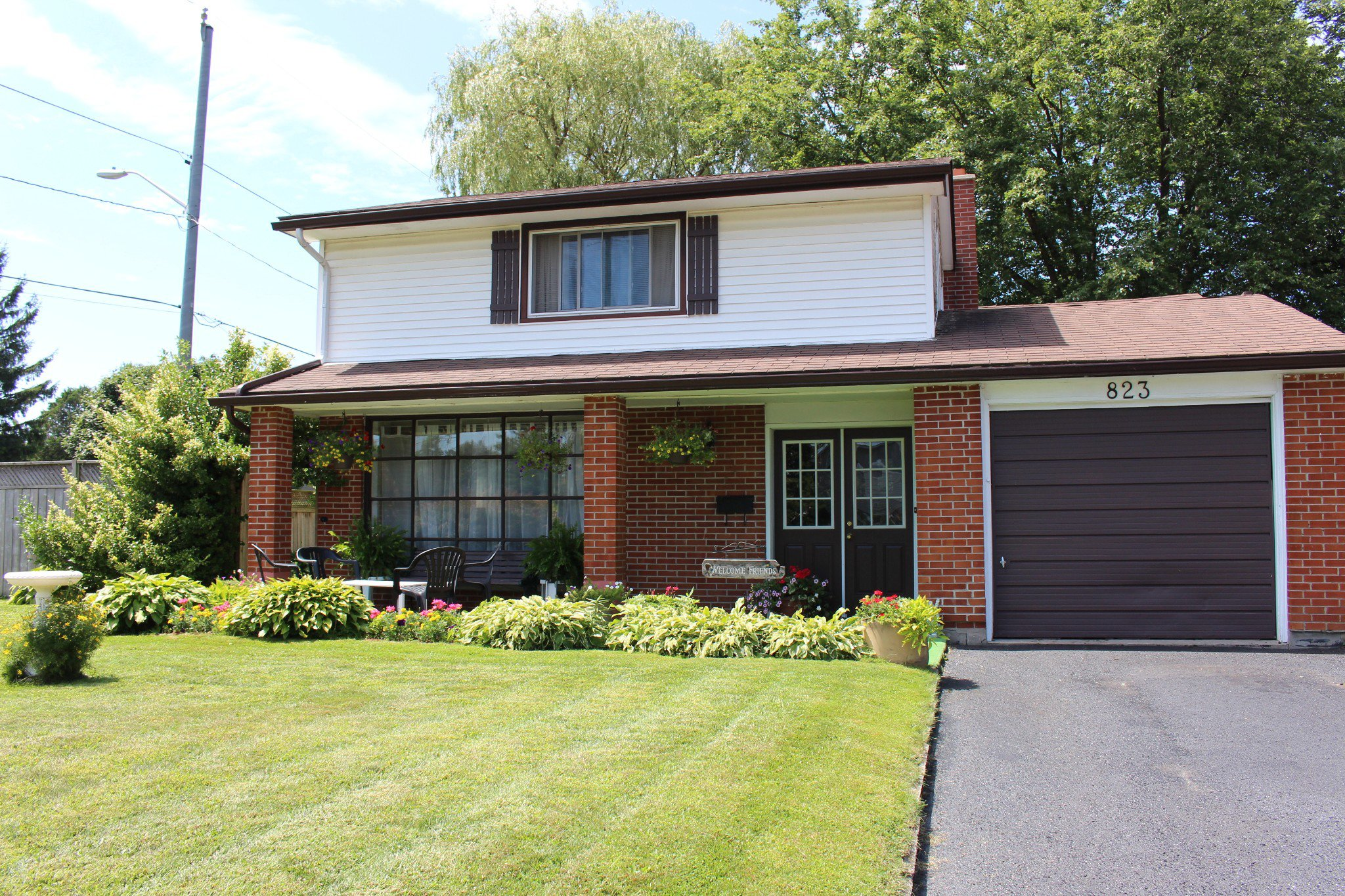 Main Photo: 823 Murray Crescent in Cobourg: Residential Detached for sale : MLS®# 219861