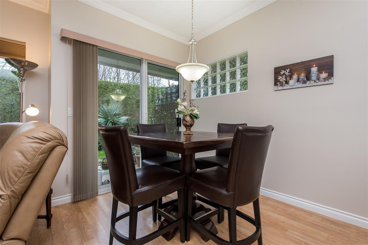 """Photo 10: Photos: 101 9025 216 Street in Langley: Walnut Grove Townhouse for sale in """"Coventry Woods"""" : MLS®# R2427866"""