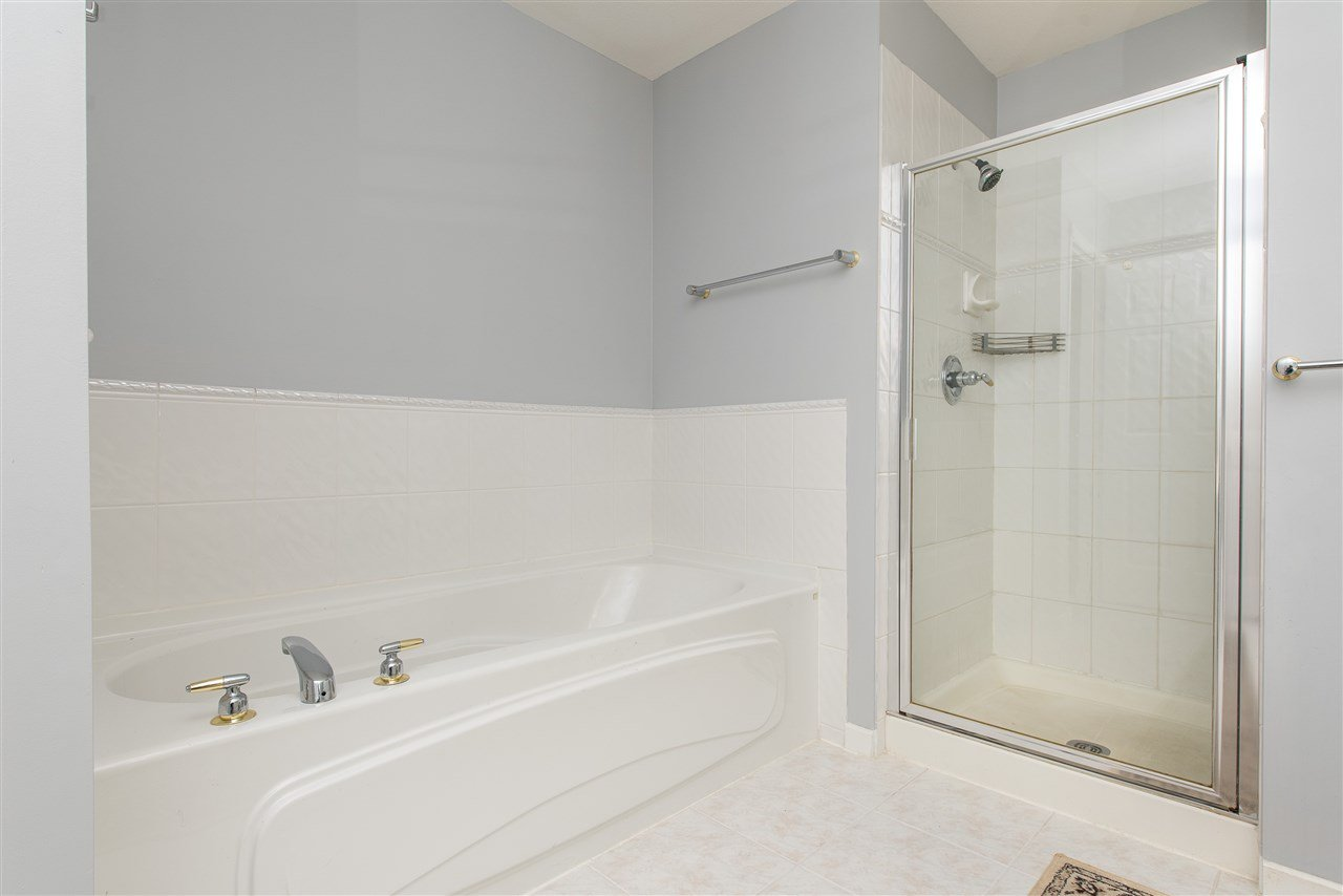 """Photo 14: Photos: 101 9025 216 Street in Langley: Walnut Grove Townhouse for sale in """"Coventry Woods"""" : MLS®# R2427866"""