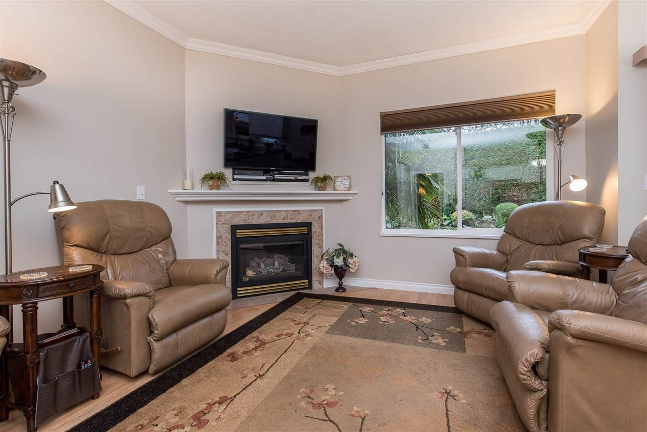 """Photo 9: Photos: 101 9025 216 Street in Langley: Walnut Grove Townhouse for sale in """"Coventry Woods"""" : MLS®# R2427866"""