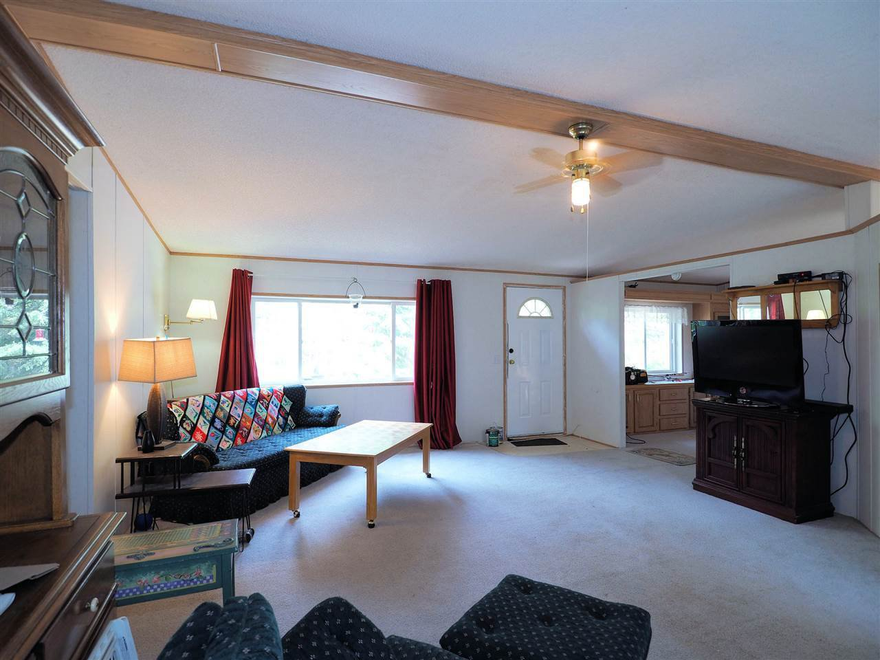 Photo 5: Photos: 4836 GLOINNZUN Drive in 108 Mile Ranch: 108 Ranch Manufactured Home for sale (100 Mile House (Zone 10))  : MLS®# R2435093