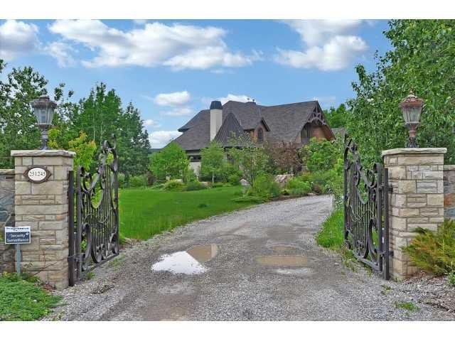 Main Photo: WELLAND WAY BEARSPAW: Residential for sale : MLS®# C3625490