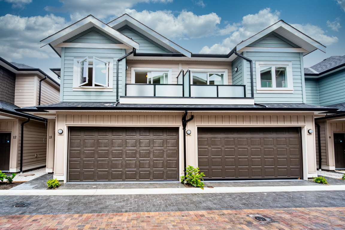 """Main Photo: 12 6551 WILLIAMS Road in Richmond: Woodwards Townhouse for sale in """"NOOR GARDENS"""" : MLS®# R2523983"""