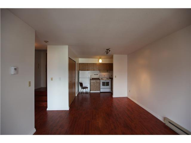Photo 4: Photos: # 306 2045 FRANKLIN ST in : Hastings Condo for sale : MLS®# V882501
