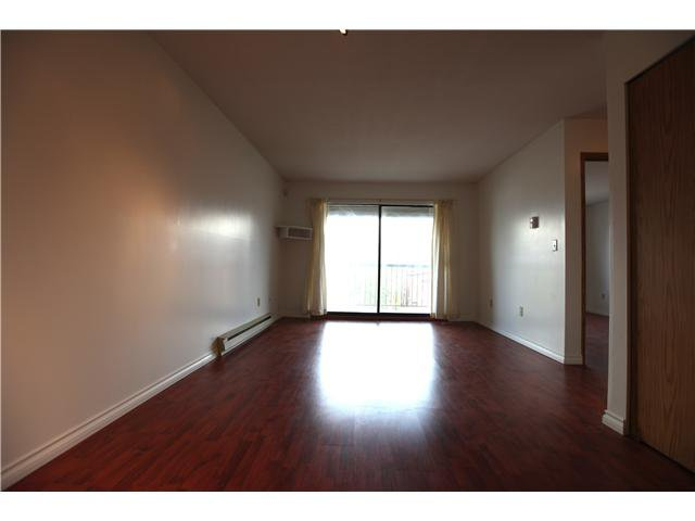 Photo 3: Photos: # 306 2045 FRANKLIN ST in : Hastings Condo for sale : MLS®# V882501