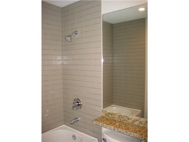 Photo 6: Photos: # 305 2664 KINGSWAY AV in Port Coquitlam: Central Pt Coquitlam Condo for sale : MLS®# V1015529