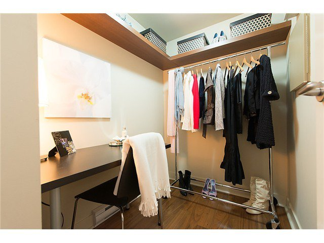 """Photo 8: Photos: 321 2268 W BROADWAY in Vancouver: Kitsilano Condo for sale in """"The Vine"""" (Vancouver West)  : MLS®# V1073483"""