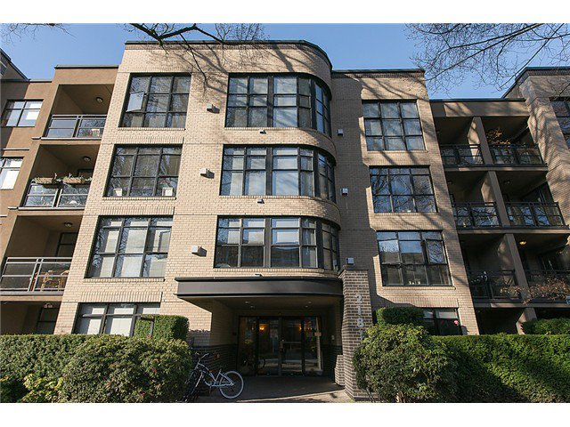 Main Photo: # 409 2181 W 10TH AV in Vancouver: Kitsilano Condo for sale (Vancouver West)  : MLS®# V1052054