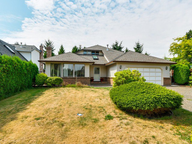 Main Photo: 2307 151A ST in Surrey: Sunnyside Park Surrey House for sale (South Surrey White Rock)  : MLS®# F1420974