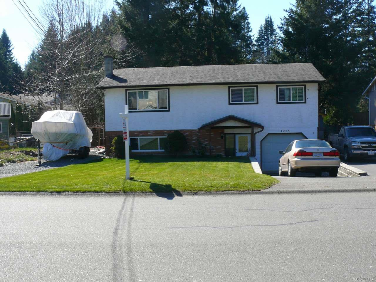 Main Photo: 1225 Hobson Ave in COURTENAY: CV Courtenay East House for sale (Comox Valley)  : MLS®# 836164