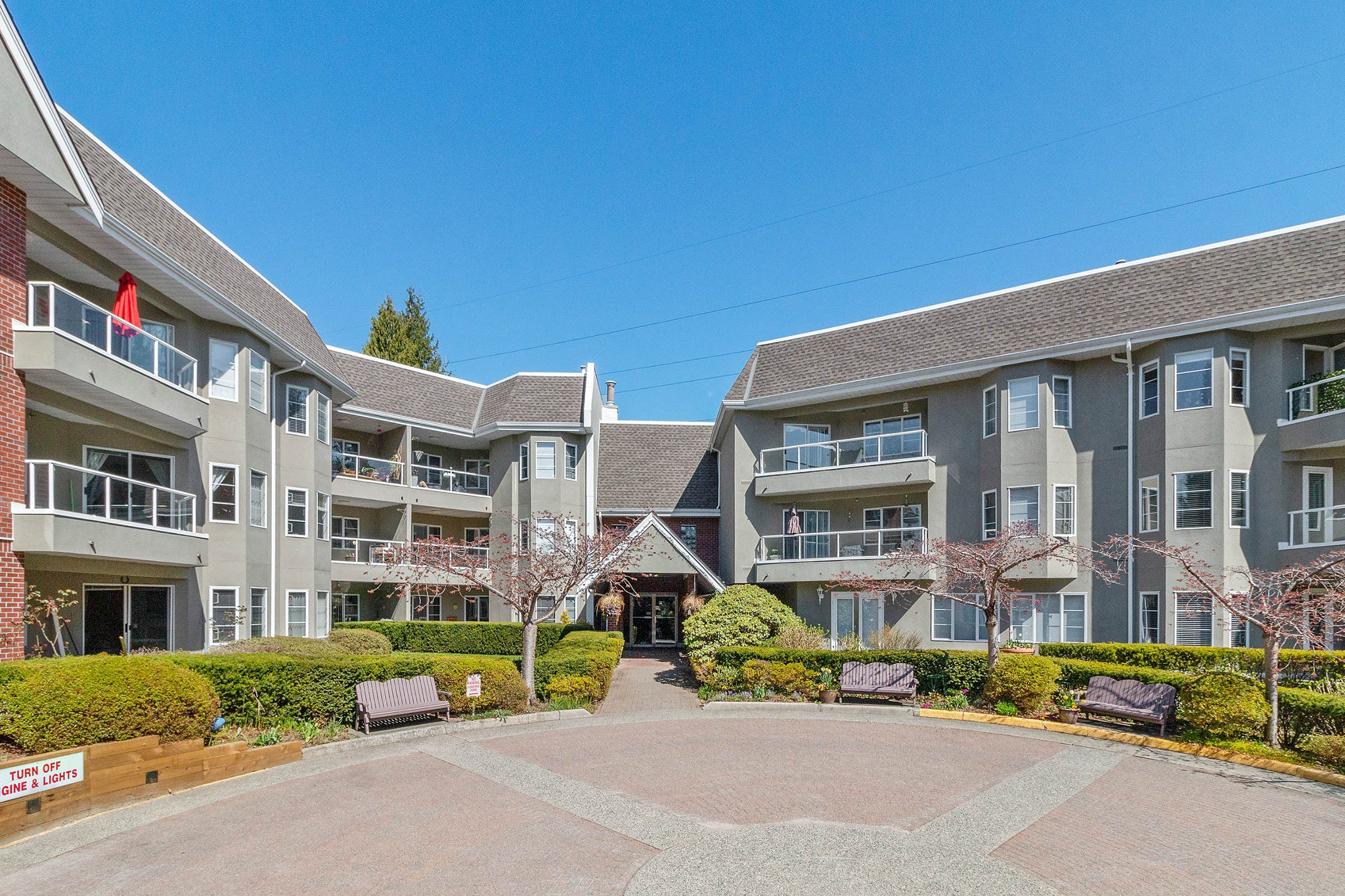 "Main Photo: 308 2020 CEDAR VILLAGE Crescent in North Vancouver: Westlynn Condo for sale in ""Kirkstone Gardens"" : MLS®# R2450651"