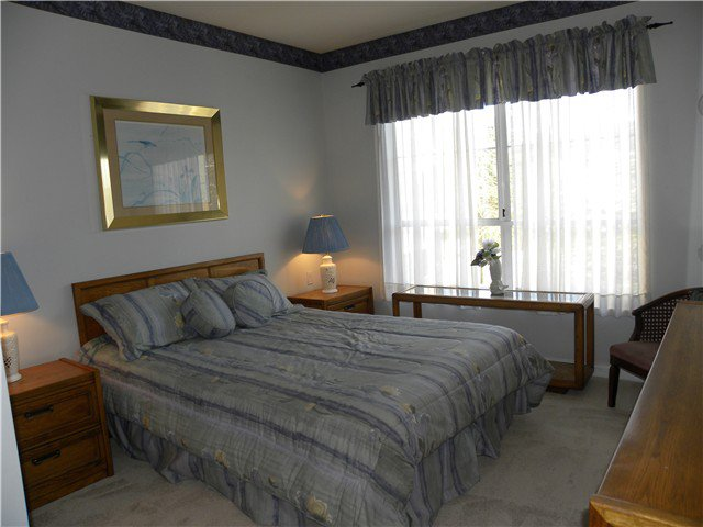 """Photo 7: Photos: 308 2995 PRINCESS Crescent in Coquitlam: Canyon Springs Condo for sale in """"PRINCESS GATE"""" : MLS®# V935613"""