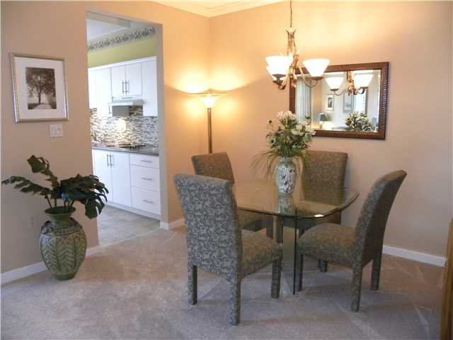 """Photo 5: Photos: 308 2995 PRINCESS Crescent in Coquitlam: Canyon Springs Condo for sale in """"PRINCESS GATE"""" : MLS®# V935613"""