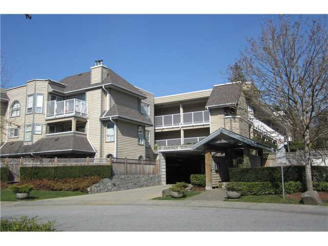 "Main Photo: 205 1000 BOWRON Court in North Vancouver: Roche Point Condo for sale in ""PARKWAY TERRACE"" : MLS®# V996004"