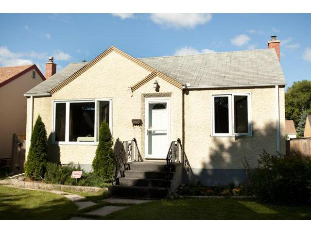 Main Photo: 441 Louis Riel Street in WINNIPEG: St Boniface Residential for sale (South East Winnipeg)  : MLS®# 1315867