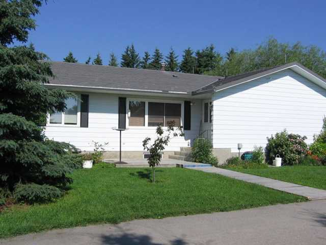 Main Photo: 42038 TWP RD 274 in Rural Rockyview County: Rural Rocky View MD Residential Detached Single Family for sale : MLS®# C3625977