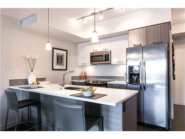 Photo 3: Photos: # 304 2214 KELLY ST in Port Coquitlam: Central Pt Coquitlam Condo for sale : MLS®# V1118703