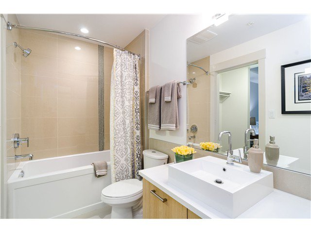 Photo 6: Photos: # 304 2214 KELLY ST in Port Coquitlam: Central Pt Coquitlam Condo for sale : MLS®# V1118703