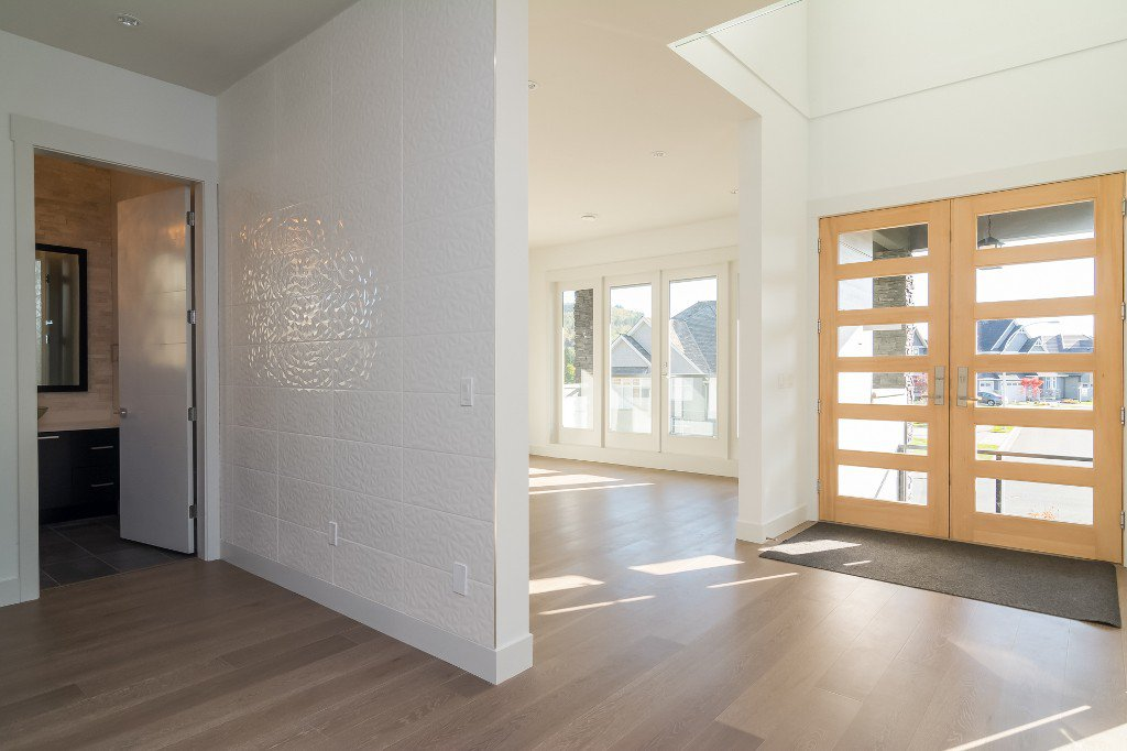 Photo 4: Photos: 2699 Eagle Peak Drive in Abbotsford: Abbotsford East House for rent