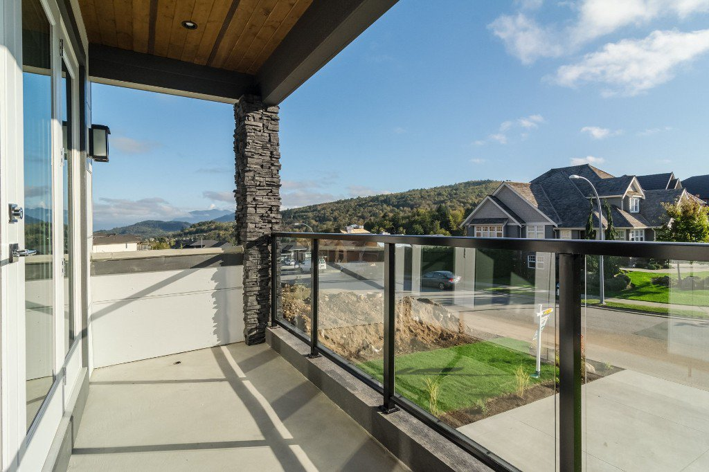 Photo 6: Photos: 2699 Eagle Peak Drive in Abbotsford: Abbotsford East House for rent