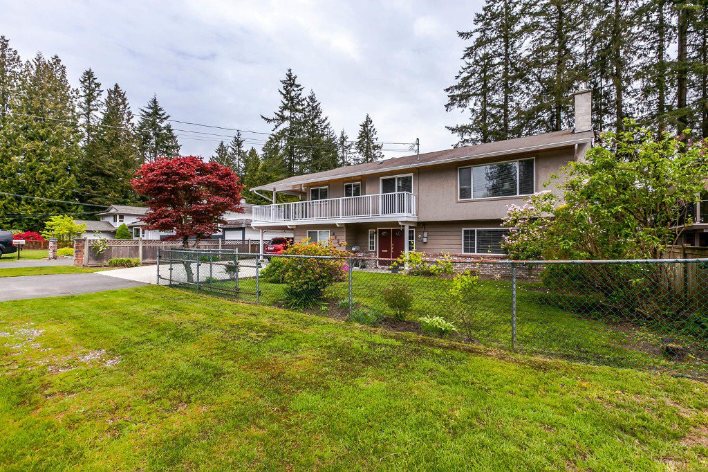 Photo 2: Photos: 4156 207A Street in Langley: Brookswood House for sale