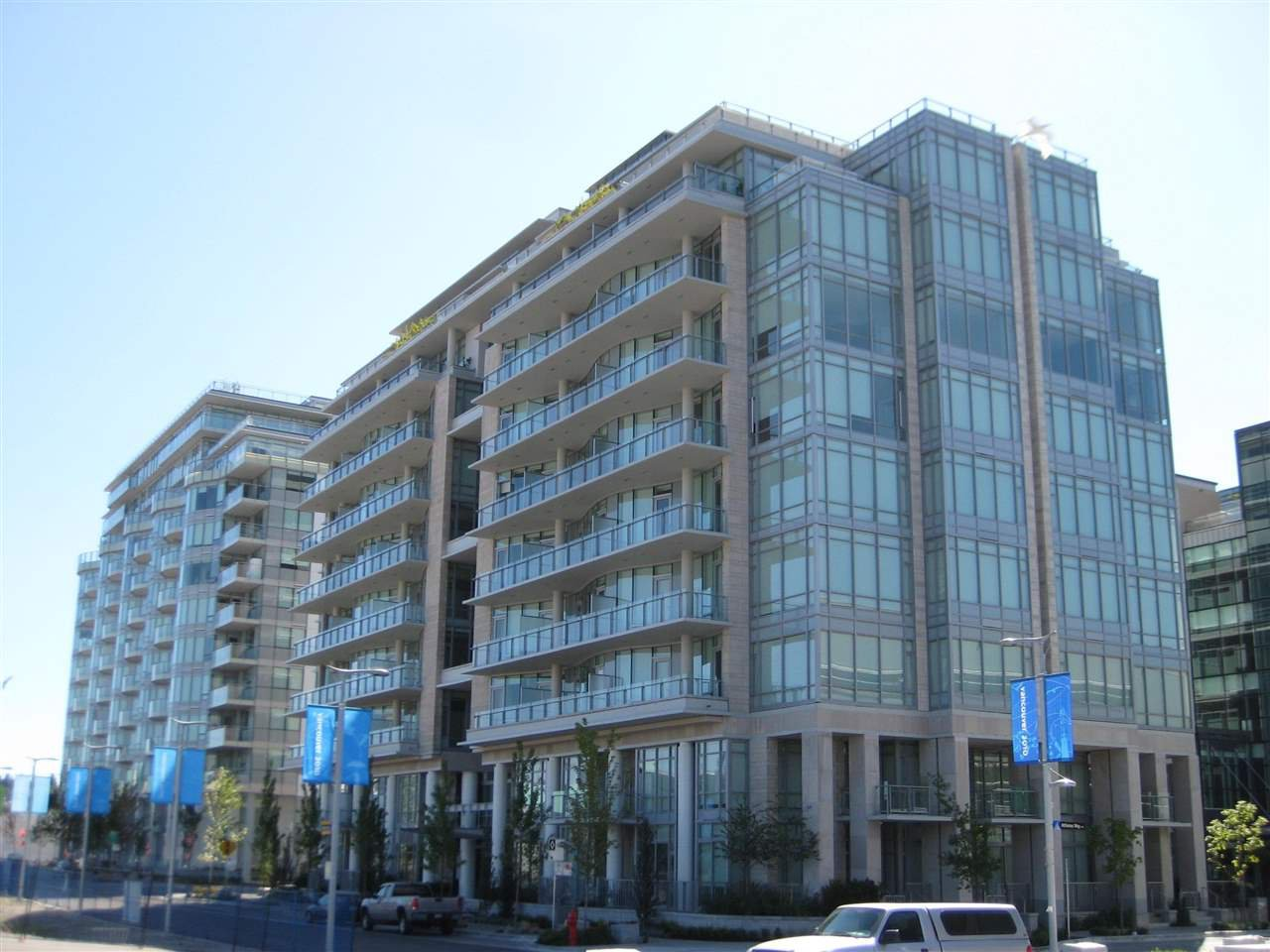 Main Photo: 406 1633 ONTARIO STREET in : False Creek Condo for sale : MLS®# R2237785