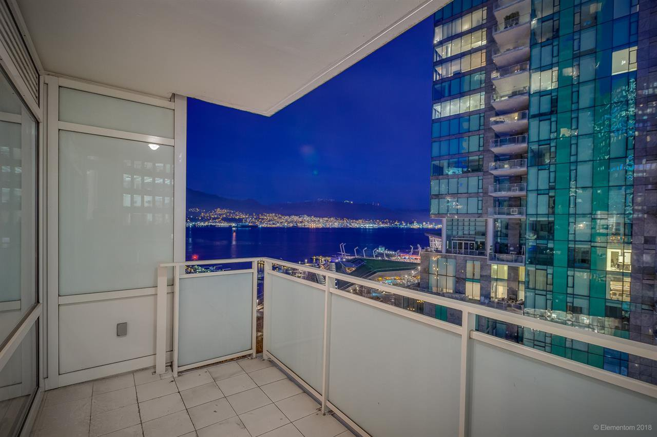 """Photo 15: Photos: 903 1139 W CORDOVA Street in Vancouver: Coal Harbour Condo for sale in """"HARBOUR GREEN TWO"""" (Vancouver West)  : MLS®# R2411117"""